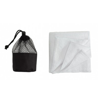"Serviette micro fibre ""Cleaner"" dans son étui filet assorti"